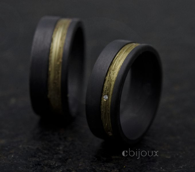 wedding rings black and gold with diamond